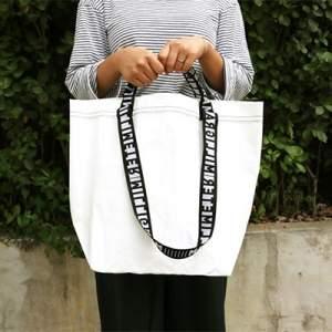 پارچه برزنت برای کیف های زنانه
